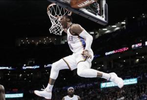 Resumen NBA: remontadas, caídas desde lo más alto y récords individuales