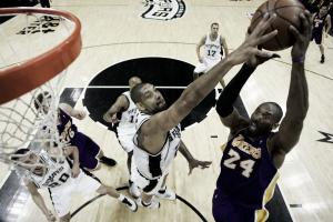 Tim Duncan ya es el sexto máximo taponador histórico de la NBA