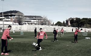 Simeone entrena sin internacionales