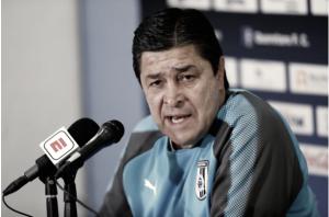 """Luis F. Tena: """"Tenemos plantel completo para este domingo"""""""