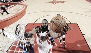 Los Rockets vencen a unos Thunder que ya están de vacaciones