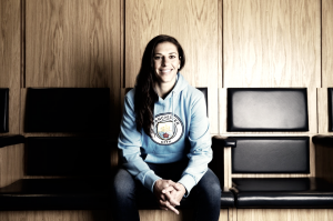 Carli Lloyd signs with Manchester City
