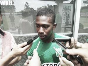 """Carlos Cuesta: """"Soy un jugador que en los entrenamientos se esfuerza y en los partidos compite"""""""