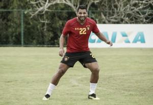 Carlos Henrique liga sinal de alerta no Sport: ''Precisamos voltar a vencer''