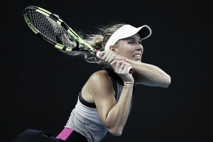 WTA Hong Kong: Caroline Wozniacki steers to comfortable victory over Eugenie Bouchard