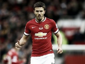 Michael Carrick signs new one-year deal with Manchester United