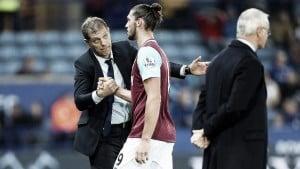 Slaven Bilic y Andy Carrol evitan acciones de la FA por sus comentarios sobre Moss
