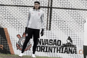 "De volta ao Corinthians, Cássio minimiza saídas do elenco: ""Temos que nos reorganizar"""