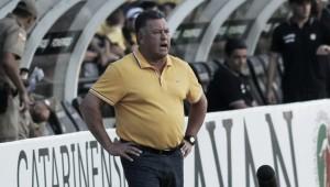 """Roberto Cavalo aponta equilíbrio entre Atlético-GO e Criciúma: """"Foi bem disputado"""""""