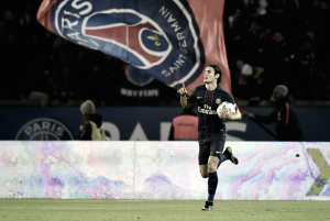 Em grande temporada, Cavani garante renovação com PSG