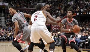 NBA: esordio amaro per Lue, Chicago espugna Cleveland 96-83
