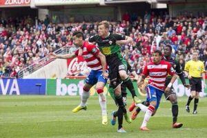 Charlie Dean, savia inglesa para la defensa del Real Oviedo