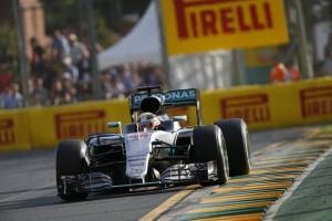 """Lewis Hamilton: """"Mejorar la salida será nuestra prioridad"""""""