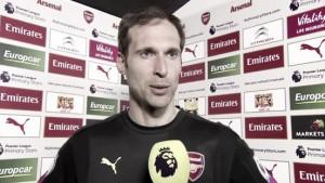 """Cech: """"Mantener el equipo en conjunto es la principal labor"""""""