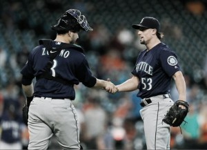 Seattle Mariners rout Houston Astros in last road game of season