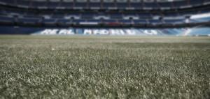 El Santiago Bernabéu ya luce nuevo césped
