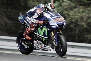 MotoGP, un Lorenzo da record conquista la pole position a Brno