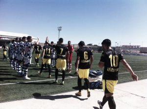 El Arroyo se despide de la división de bronce goleando al Cádiz