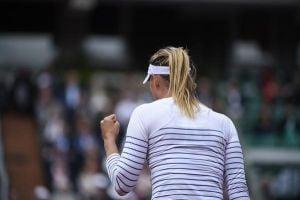 Sharapova Prevails Through Messy Match vs Stosur