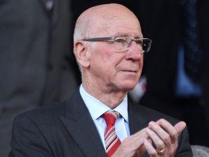 Sir Bobby Charlton backs Louis van Gaal for success