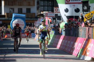 Giro : La victoire pour Chaves, Kruijswijk fait craquer Nibali