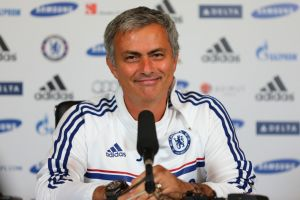"""José Mourinho: """"Tuvimos el control y fuimos peligrosos al contraataque. Merecimos la victoria"""""""