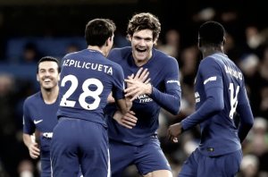 Chelsea vence Southampton, encosta no United e afunda adversário na crise