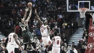 Los Bucks pasan por encima en la presentación de los Bulls