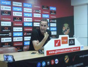 """Vicente Moreno: """"Tiene mucho mérito el esfuerzo que han hecho los jugadores"""""""