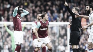 Pardew admits red card incident helped Palace in their 2-2 draw with West Ham