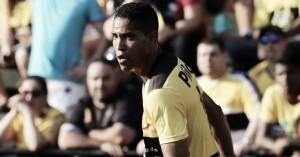 Jogadores do Criciúma lamentam perda de Cléber Santana