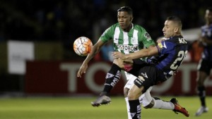Mina vagante, non basta Berrio: l'Independiente del Valle aggancia nel finale l'Atletico Nacional (1-1)