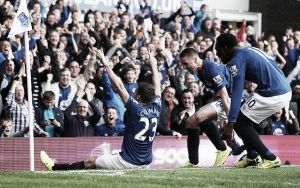 Everton 2-2 Arsenal: Late charge as Gunners snatch point