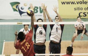 Colombia debutó con derrota en Suramericano de Voleibol