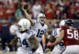 Un Luck de récord lidera la remontada contra los Texans
