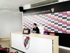 """Pablo Aimar: """"Espero que me traten como a uno más"""""""