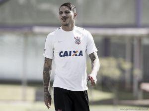 """Guerrero volta aos treinos e despreza final do Paulista: """"A gente gosta de campeonato grande"""""""
