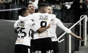 Corinthians não encontra dificuldade, quebra marca histórica e vence Sport
