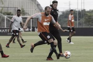 Sem Kazim, Corinthians divulga lista de inscritos para Copa Libertadores