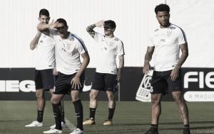 Corinthians e Atlético-GO protagonizam duelo de opostos na Arena
