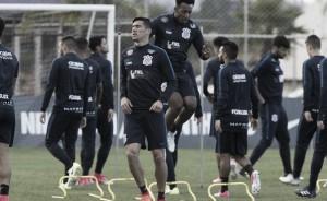 Corinthians recebe Bahia com objetivo de se isolar naliderança
