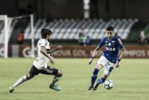 Coritiba bate Cruzeiro, encerra longo jejum de vitórias e respira no Campeonato Brasileiro