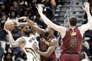 NBA - La tripla doppia di Cousins guida i Pelicans alla vittoria sui Cavaliers; i 76ers passano di misura sui Mavericks