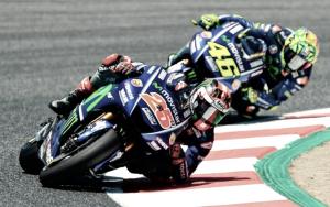Quando esperienza batte giovinezza: Yamaha, ascolta Rossi per capire i problemi