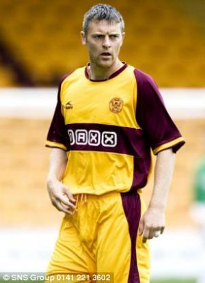 Motherwell defender Stephen Craigan calls time on his 18-year career at Fir Park