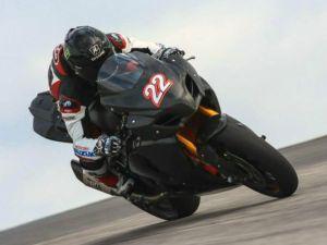 SBK, Suzuki conclude i test di Portimão davanti a tutti