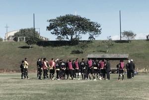 Em boa fase, Criciúma e Atlético-GO se enfrentam no Heriberto Hülse