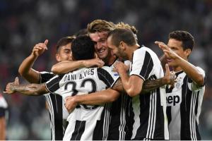 La Juve trionfa sul Cagliari e torna prima: allo Stadium finisce 4-0