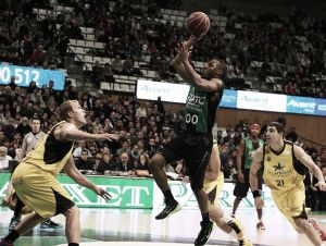 Iberostar Tenerife vendió cara la derrota en Badalona