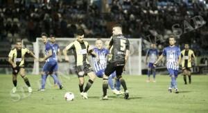 El Rápido de Bouzas agranda la herida de la Deportiva